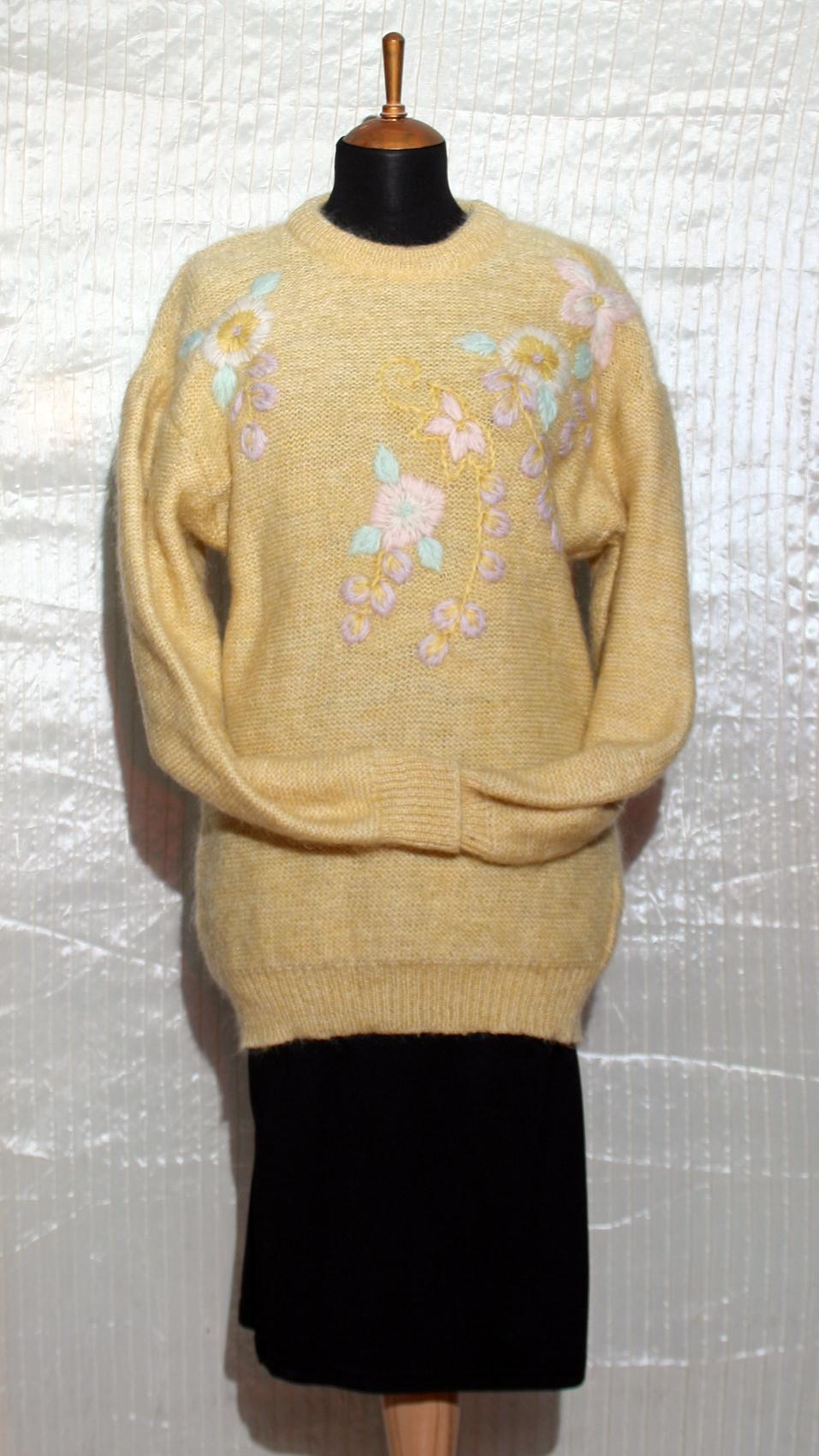 мохеровый свитер